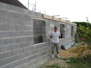 Un chantier en bloc de béton allégés - Granulex
